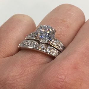 Jewelry - 18k white gold ring set 2pc engagement wedding